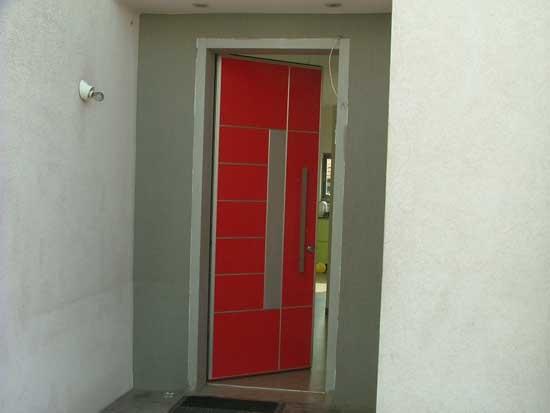 התקנת דלת פלדה
