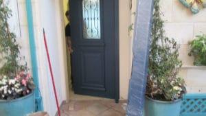 דלת כניסה 4